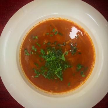 Суп с копченым окороком и бобами